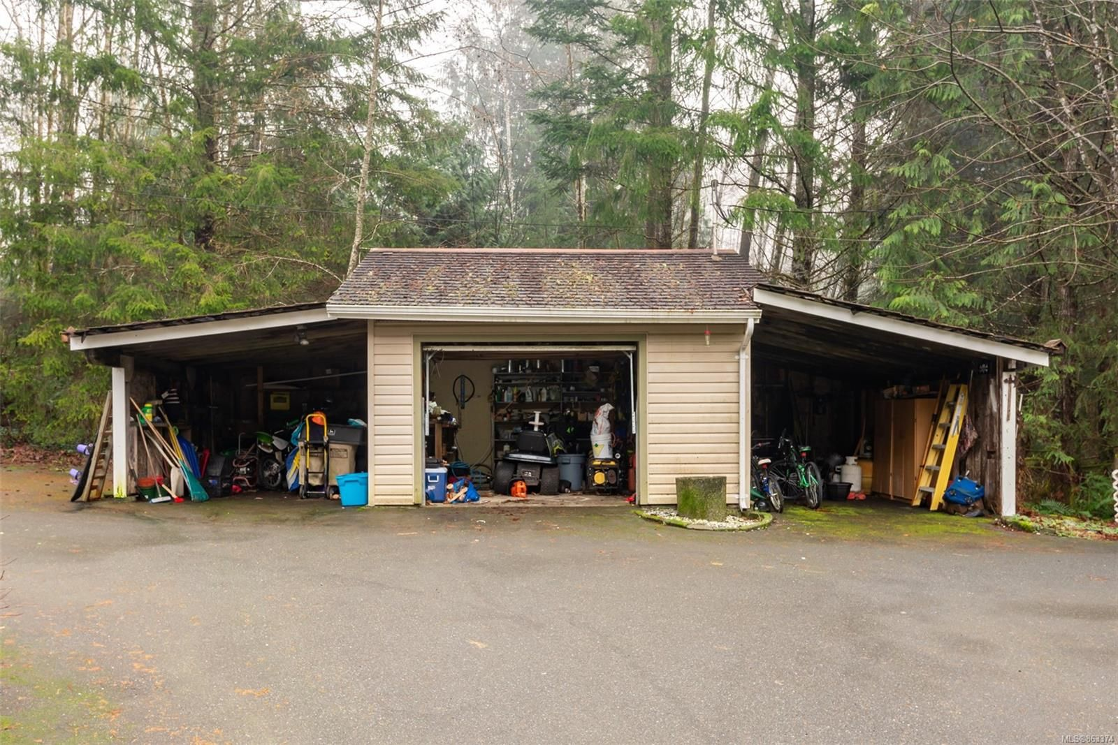 Photo 30: Photos: 572 Sabre Rd in : NI Kelsey Bay/Sayward House for sale (North Island)  : MLS®# 863374