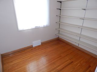 Photo 8: 319 Oakland Avenue in Winnipeg: North Kildonan House for sale ()  : MLS®# 1727613