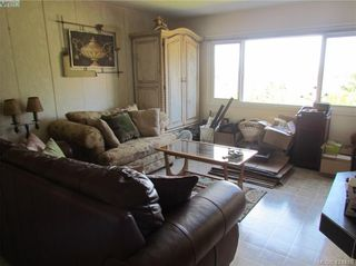 Photo 10: 28 70 Cooper Rd in VICTORIA: VR Glentana Manufactured Home for sale (View Royal)  : MLS®# 838209