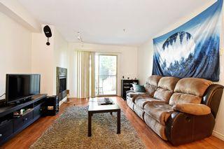"""Photo 8: 206 32063 MT WADDINGTON Avenue in Abbotsford: Abbotsford West Condo for sale in """"The Waddington"""" : MLS®# R2579525"""