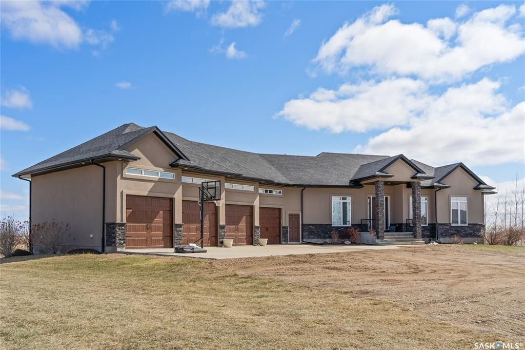 Main Photo: 144 ROCK POINTE Crescent in Edenwold: Residential for sale (Edenwold Rm No. 158)  : MLS®# SK851320