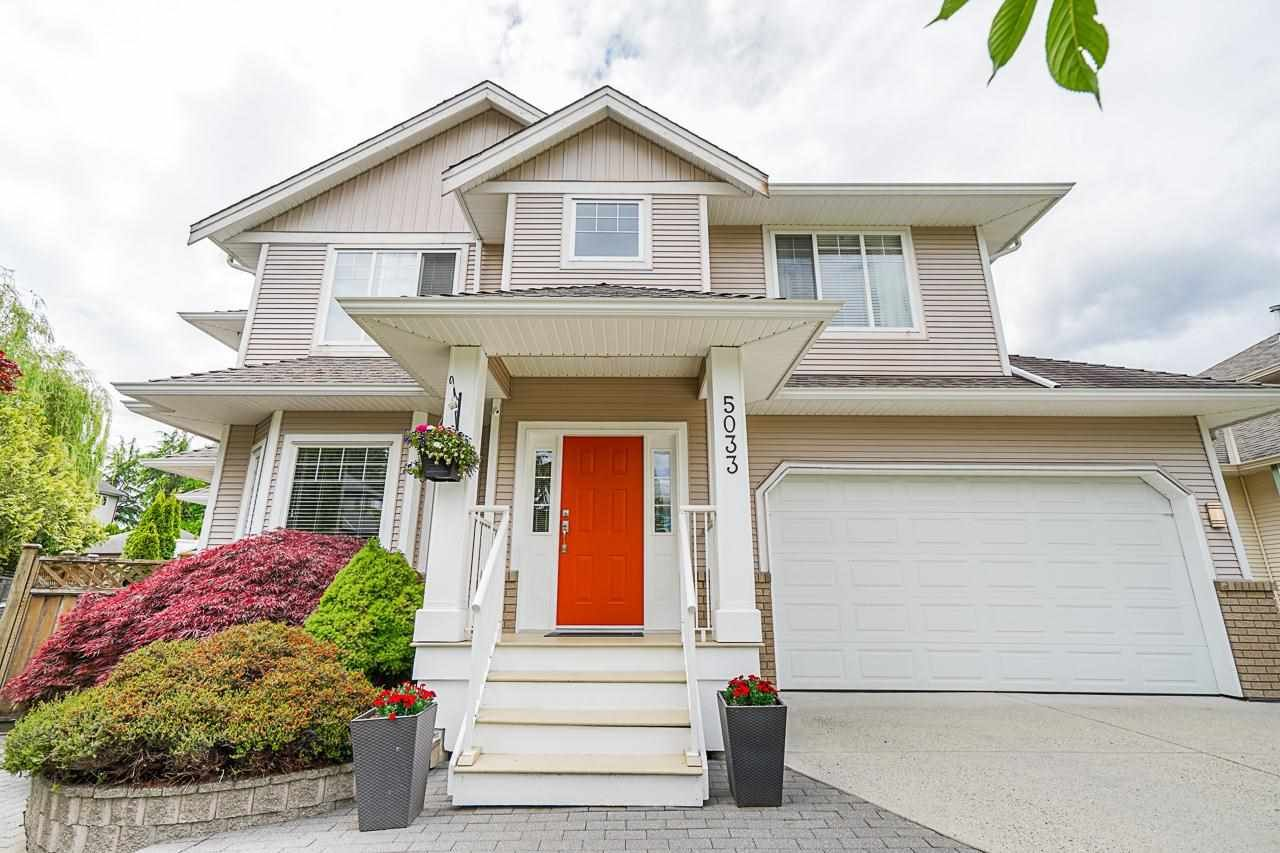 """Main Photo: 5033 223A Street in Langley: Murrayville House for sale in """"Hillcrest"""" : MLS®# R2589009"""