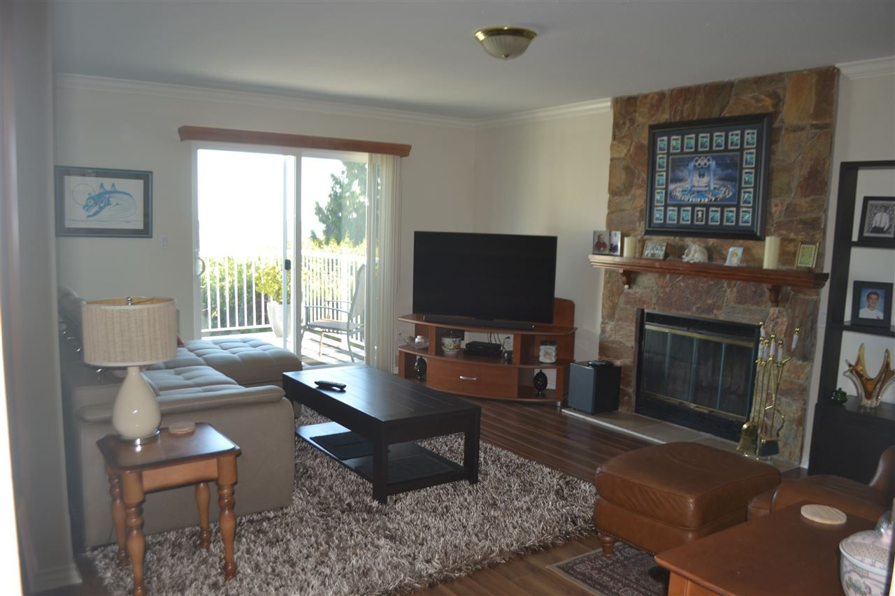 Photo 14: Photos: 455 CARIBOO Crescent in Coquitlam: Coquitlam East House for sale : MLS®# R2566684