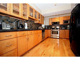 "Photo 9: 356 55A Street in Tsawwassen: Pebble Hill House for sale in ""PEBBLE HILL"" : MLS®# V989635"