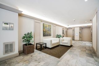 """Photo 4: 1706 3970 CARRIGAN Court in Burnaby: Government Road Condo for sale in """"Harrington - Discovery Place 2"""" (Burnaby North)  : MLS®# R2485724"""
