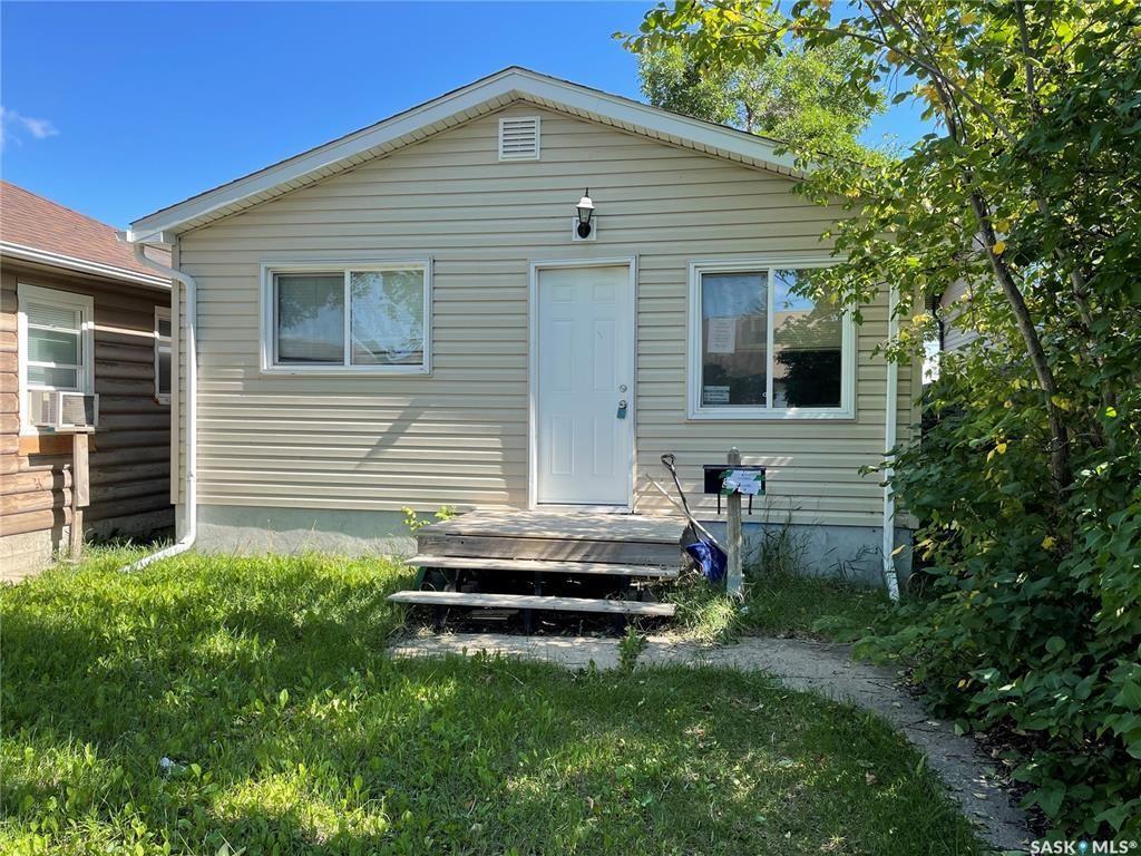 Main Photo: 315 TORONTO Street in Regina: Churchill Downs Residential for sale : MLS®# SK869886