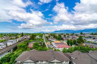 """Photo 3: 1206 3455 ASCOT Place in Vancouver: Collingwood VE Condo for sale in """"QUEENS COURT"""" (Vancouver East)  : MLS®# R2564219"""