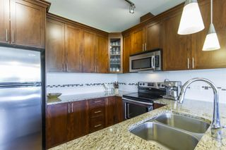 Photo 5: 404-2330 Shaughnessy in Port Coquitlam: Central Pt Coquitlam Condo for sale : MLS®# R2272817
