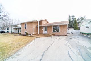 Photo 1: 281 Stradford Street in : Crestview Single Family Detached for sale
