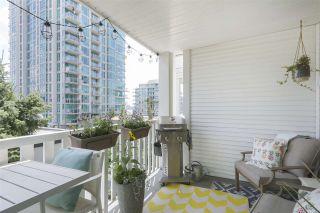"Photo 8: 316 147 E 1ST Street in North Vancouver: Lower Lonsdale Condo for sale in ""CORONADO"" : MLS®# R2390043"