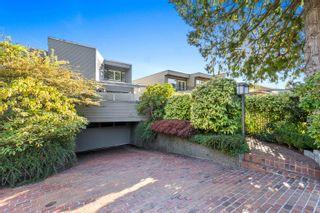 Photo 1: 2320 BELLEVUE Avenue in West Vancouver: Dundarave 1/2 Duplex for sale : MLS®# R2618864