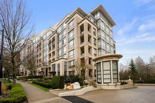 """Main Photo: 300 9330 UNIVERSITY Crescent in Burnaby: Simon Fraser Univer. Condo for sale in """"One University Crescent"""" (Burnaby North)  : MLS®# R2564279"""