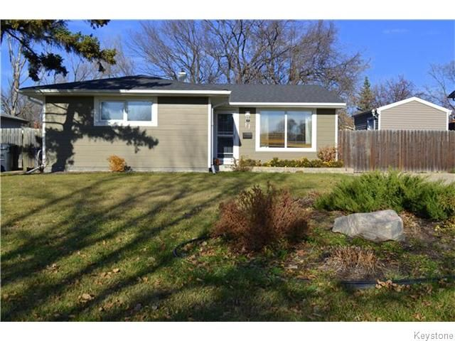 Main Photo: 11 Lismer Crescent in Winnipeg: Westdale Residential for sale (1H)  : MLS®# 1628615