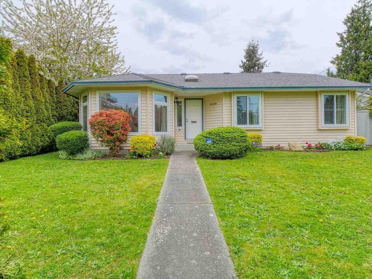 Main Photo: 14049 16 Avenue in Surrey: Sunnyside Park Surrey House for sale (South Surrey White Rock)  : MLS®# R2452952