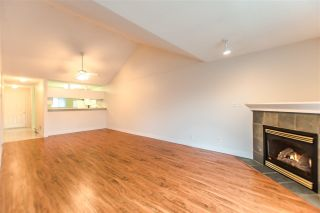 """Photo 6: 20 13640 84 Avenue in Surrey: Bear Creek Green Timbers Condo for sale in """"Trails at Bearcreek"""" : MLS®# R2258365"""