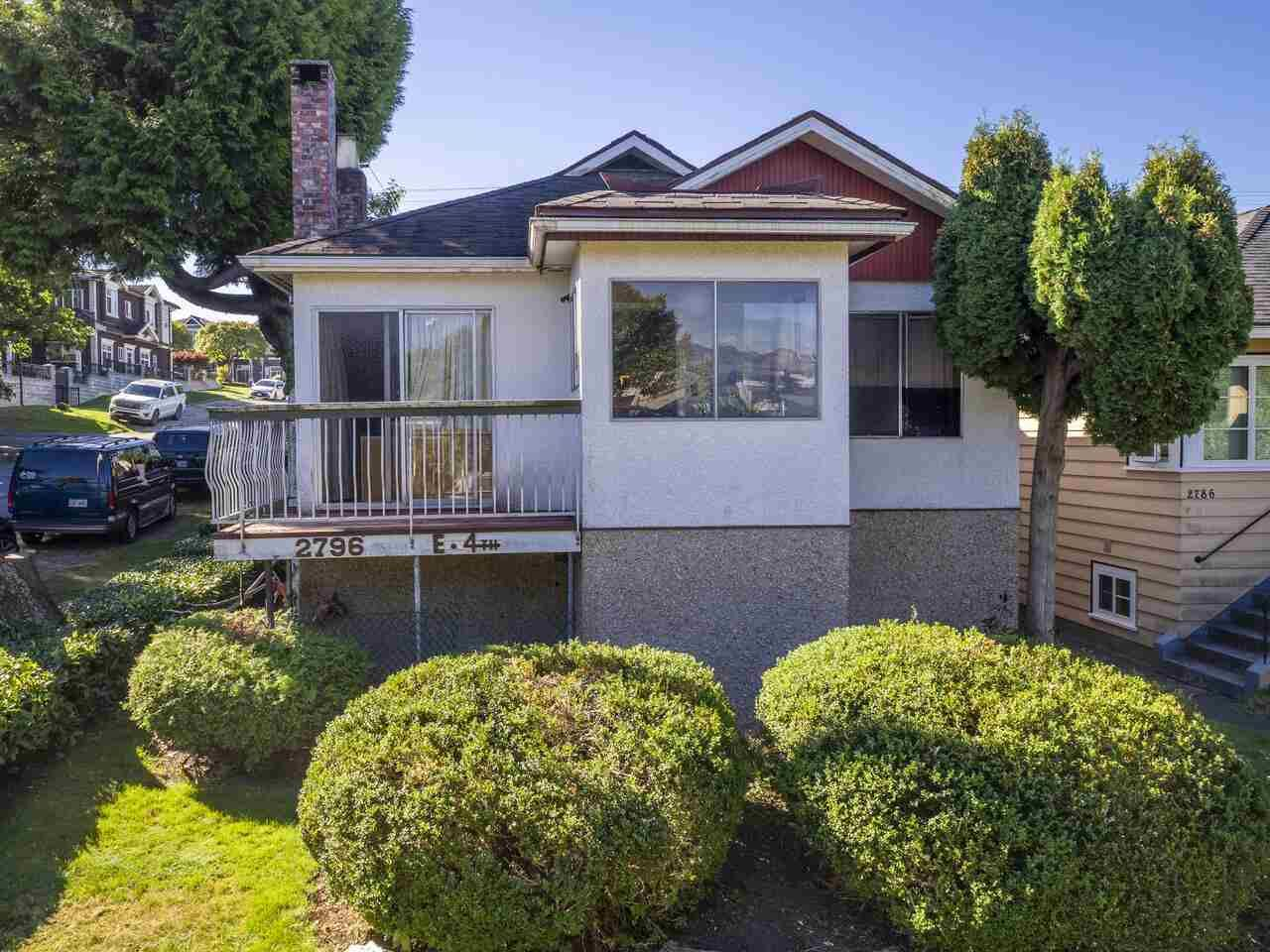 """Main Photo: 2796 E 4TH Avenue in Vancouver: Renfrew VE House for sale in """"Renfrew Heights"""" (Vancouver East)  : MLS®# R2496647"""