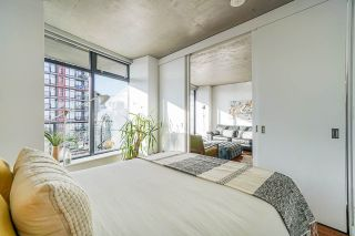 "Photo 14: 2008 108 W CORDOVA Street in Vancouver: Downtown VW Condo for sale in ""WOODWARDS"" (Vancouver West)  : MLS®# R2537299"