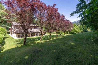 Photo 31: 1240 JUDD Road in Squamish: Brackendale House for sale : MLS®# R2444989