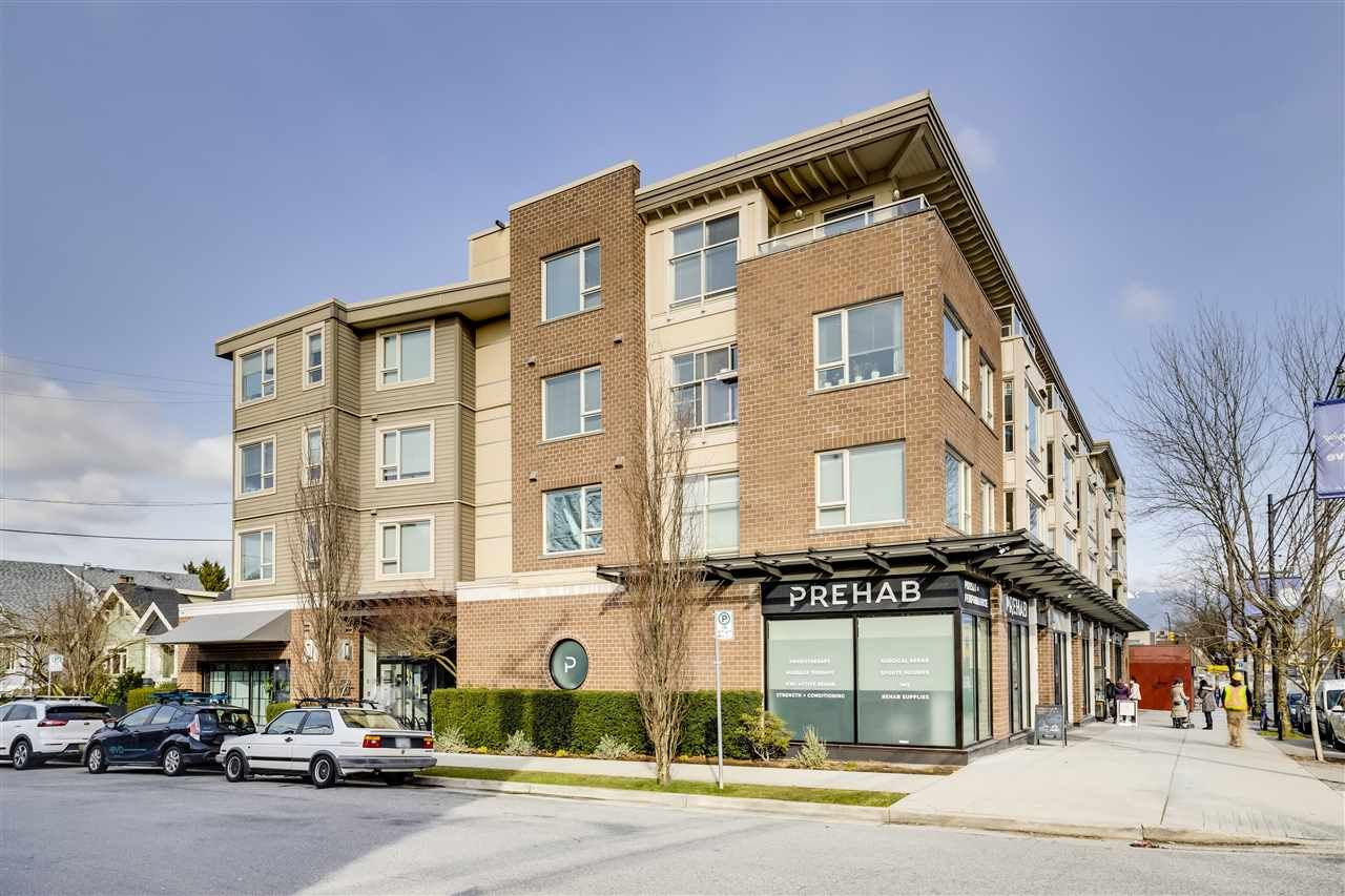 "Main Photo: PH10 1689 E 13TH Avenue in Vancouver: Grandview Woodland Condo for sale in ""FUSION"" (Vancouver East)  : MLS®# R2543023"
