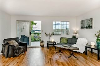 """Photo 4: 1 11464 FISHER Street in Maple Ridge: East Central Townhouse for sale in """"SOUTHWOOD HEIGHTS"""" : MLS®# R2410116"""