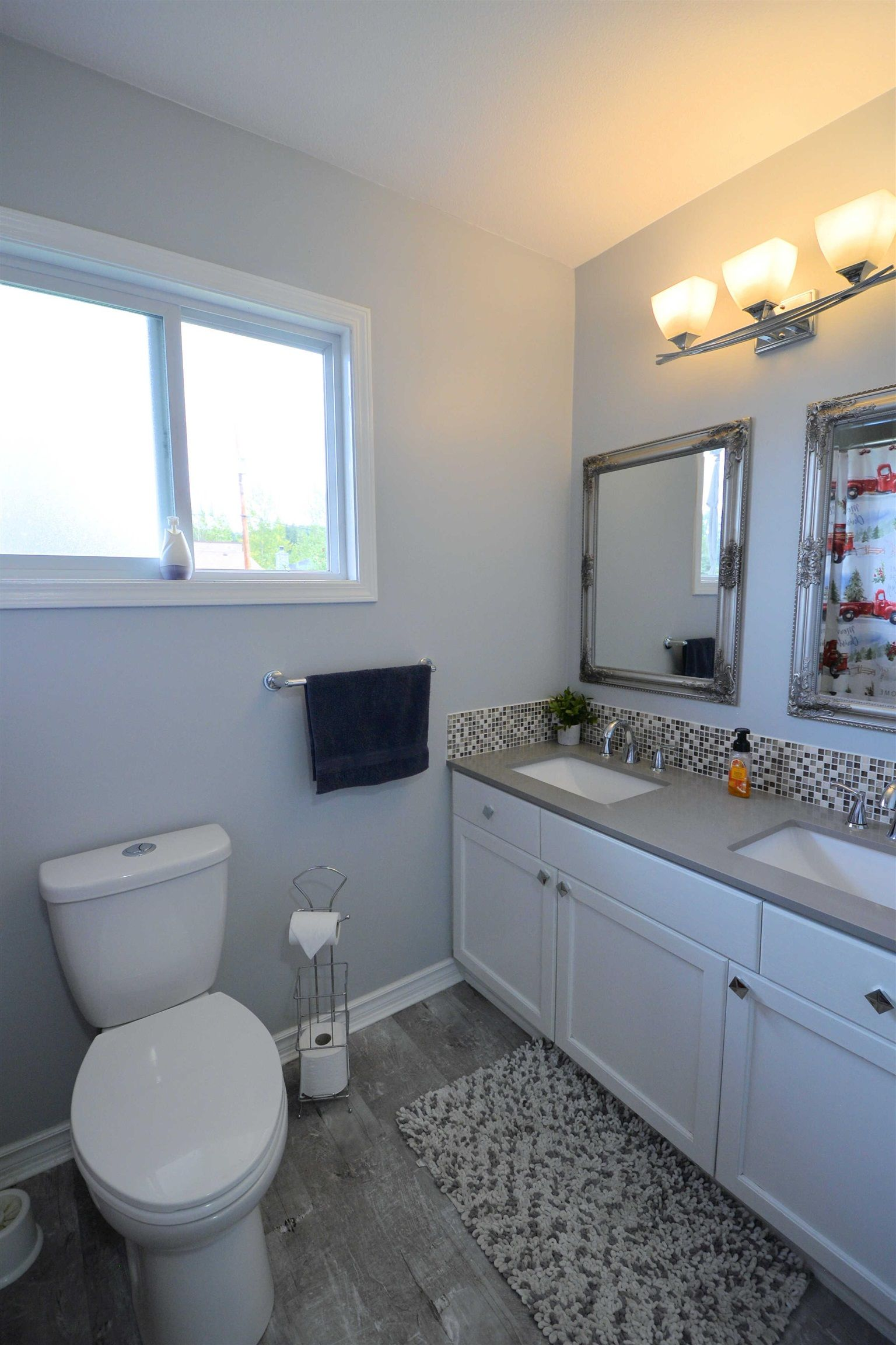 """Photo 10: Photos: 2306 OAK Street in Prince George: VLA House for sale in """"VLA"""" (PG City Central (Zone 72))  : MLS®# R2615261"""