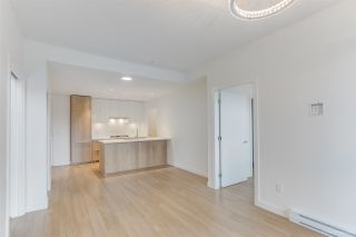 "Photo 6: 304 379 E BROADWAY Street in Vancouver: Mount Pleasant VE Condo for sale in ""Synchro"" (Vancouver East)  : MLS®# R2565005"
