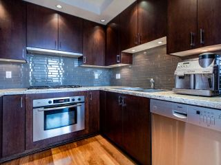 "Photo 6: PH3 1050 SMITHE Street in Vancouver: West End VW Condo for sale in ""STERLING"" (Vancouver West)  : MLS®# R2495075"