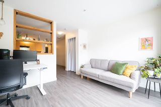 """Photo 5: 408 997 W 22ND Avenue in Vancouver: Cambie Condo for sale in """"THE CRESCENT IN SHAUGHNESSY"""" (Vancouver West)  : MLS®# R2585378"""