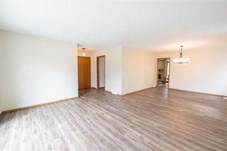 Photo 4: 86 Royal Park Crescent in Winnipeg: Southland Park Residential for sale (2K)  : MLS®# 202109062