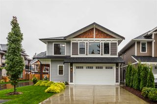 Photo 1: 4 10082 WILLIAMS Road in Chilliwack: Fairfield Island House for sale : MLS®# R2455575