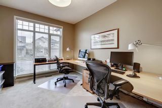 Photo 18: 279 Discovery Ridge Way SW in Calgary: Discovery Ridge Detached for sale : MLS®# A1063081