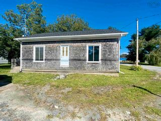 FEATURED LISTING: 82 King Street Shelburne