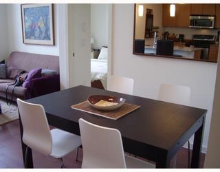 """Photo 5: 410 2477 KELLY Avenue in Port Coquitlam: Central Pt Coquitlam Condo for sale in """"SOUTH VERDE"""" : MLS®# V780816"""