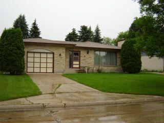 Photo 1: 69 ABRAHAM Bay in WINNIPEG: Maples / Tyndall Park Residential for sale (North West Winnipeg)  : MLS®# 1012599