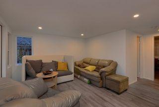 Photo 13: 3242 BEACH Avenue: Roberts Creek House for sale (Sunshine Coast)  : MLS®# R2425988