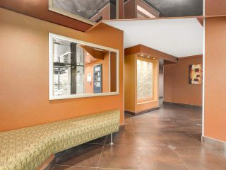 """Photo 12: 304 1740 COMOX Street in Vancouver: West End VW Condo for sale in """"The Sandpiper"""" (Vancouver West)  : MLS®# R2178648"""
