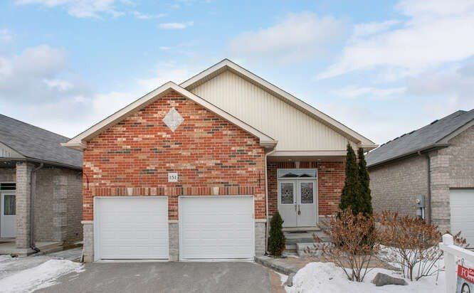 Main Photo: 151 Fairwood Drive in Georgina: Keswick South House (Bungalow-Raised) for sale : MLS®# N5143261