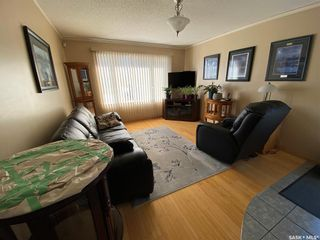Photo 3: 1033 Macklem Drive in Saskatoon: Massey Place Residential for sale : MLS®# SK854085