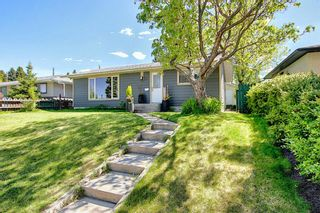 Main Photo: 11 Wellington Place SW in Calgary: Wildwood Detached for sale : MLS®# A1112496