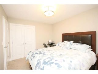 Photo 36: 156 GLENEAGLES Close: Cochrane House for sale : MLS®# C4018066