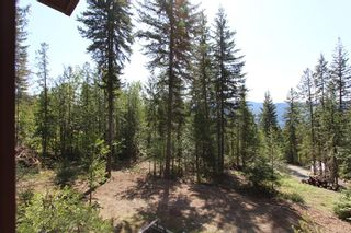 Photo 2: 7280 Anglemont Way in Anglemont: North Shuswap House for sale (Shuswap)  : MLS®# 10098467