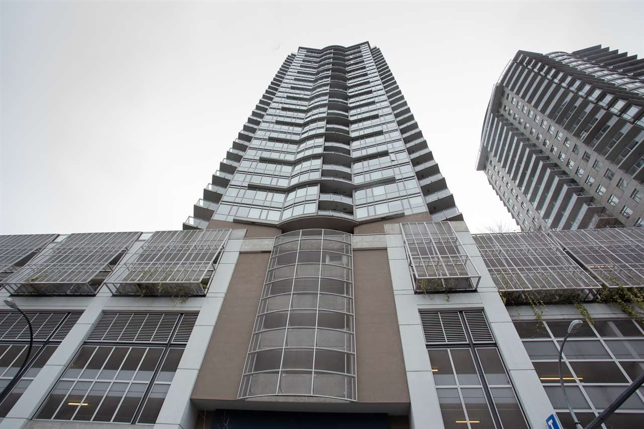 Main Photo: 3002 888 CARNARVON Street in New Westminster: Downtown NW Condo for sale : MLS®# R2431817