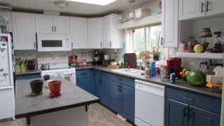 """Photo 2: 9003 TAYLOR Avenue: Hudsons Hope Manufactured Home for sale in """"JAMIESON SUBDIVISION"""" (Fort St. John (Zone 60))  : MLS®# R2456182"""