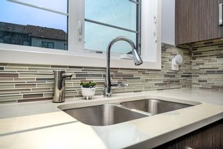 Photo 10: 393 WALDEN Drive SE in Calgary: Walden Row/Townhouse for sale : MLS®# A1126441