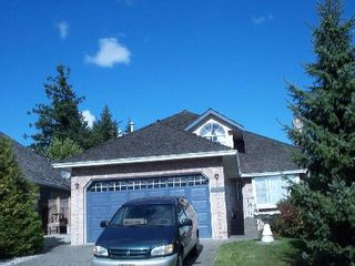 Photo 2: 16593 79A Ave Surrey: House for sale (Fleetwood Tynehead)  : MLS®# F2519906