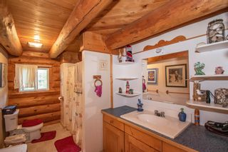 Photo 10: 8720 HORLINGS Road in Smithers: Smithers - Rural House for sale (Smithers And Area (Zone 54))  : MLS®# R2599799