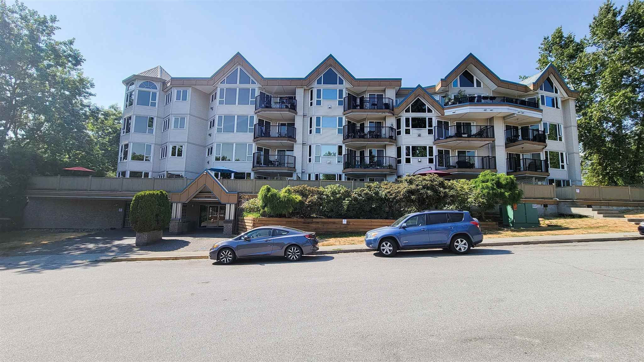 """Main Photo: 113 11595 FRASER Street in Maple Ridge: East Central Condo for sale in """"BRICKWOOD PLACE"""" : MLS®# R2607615"""