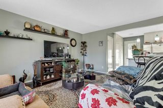 Photo 8: 739 64 Avenue NW in Calgary: Thorncliffe Detached for sale : MLS®# A1086538