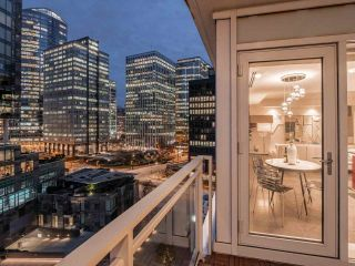 Photo 35: 902 1139 W CORDOVA Street in Vancouver: Coal Harbour Condo for sale (Vancouver West)  : MLS®# R2542938
