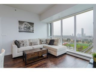 """Photo 5: 2504 10777 UNIVERSITY Drive in Surrey: Whalley Condo for sale in """"City Point"""" (North Surrey)  : MLS®# R2539376"""